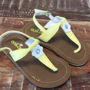 Toddler yellow T-strap flower sandals